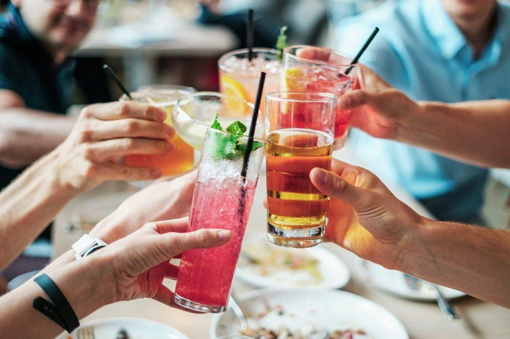 drinks 2578446 1280 1024x682 - Receitas da tia Livro